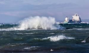 Έκτακτο δελτίο επιδείνωσης καιρού: «Χτυπά» τη χώρα η κακοκαιρία - Απαγορευτικό απόπλου στην Κέρκυρα