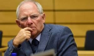Τελεσίγραφο Σόιμπλε στην Ελλάδα: Αποχώρηση του ΔΝΤ σημαίνει τέλος του προγράμματος