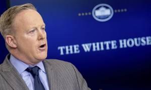 ΗΠΑ: Ο νόμος είναι με το μέρος του προέδρου λέει ο κυβερνητικός εκπρόσωπος