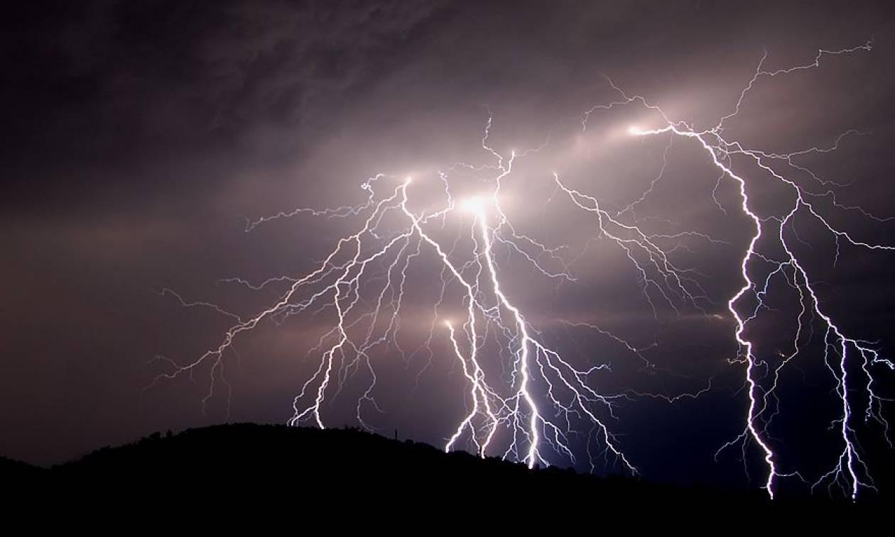 Καιρός – Έκτακτο δελτίο– Η ΕΜΥ προειδοποιεί για έντονα φαινόμενα - Πού θα «χτυπήσουν» σε λίγες ώρες