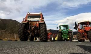 Μπλόκα αγροτών 2017: Αποφασίζουν για κλιμάκωση των κινητοποιήσεων – Ποιοι δρόμοι είναι κλειστοί