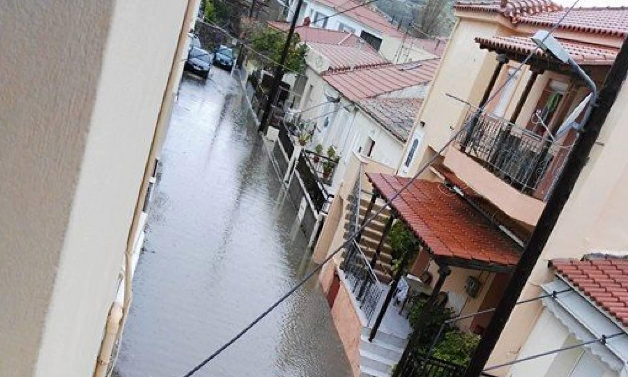 Κακοκαιρία: «Πνίγηκε» από την καταρρακτώδη βροχή η Λήμνος (photos&video)