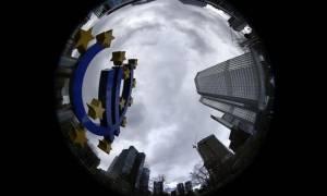 Βρυξέλλες: Απόσταση από τις απόψεις του ΔΝΤ παίρνουν κύκλοι της Ευρωζώνης