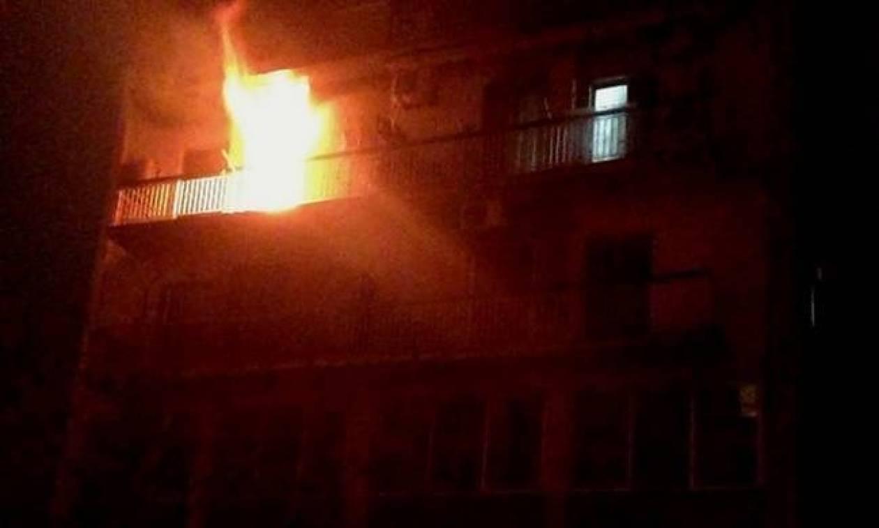 Κατερίνη: Μητέρα και 9χρονη κόρη βρέθηκαν αναίσθητες μετά από πυρκαγιά σε διαμέρισμα
