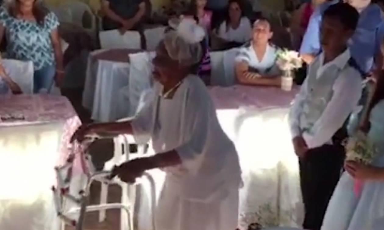 Τίποτα δεν είναι τυχαίο... Μία Βαλεντίνα αρραβωνιάστηκε 66χρονο σε ηλικία... 106 ετών (video)