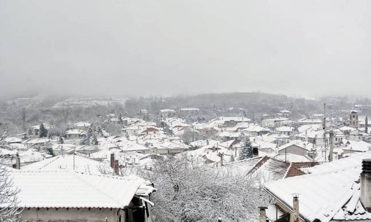 Καιρός σήμερα: Επιστρέφουν τα χιόνια και οι χαμηλές θερμοκρασίες (pics)