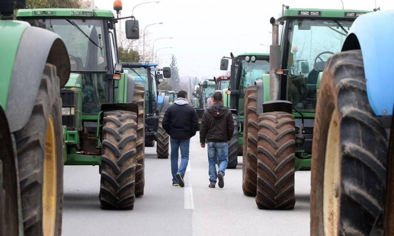 Μπλόκα αγροτών 2017: Κλιμακώνουν τις κινητοποιήσεις τους - Συναντώνται με τον Βαγγέλη Αποστόλου