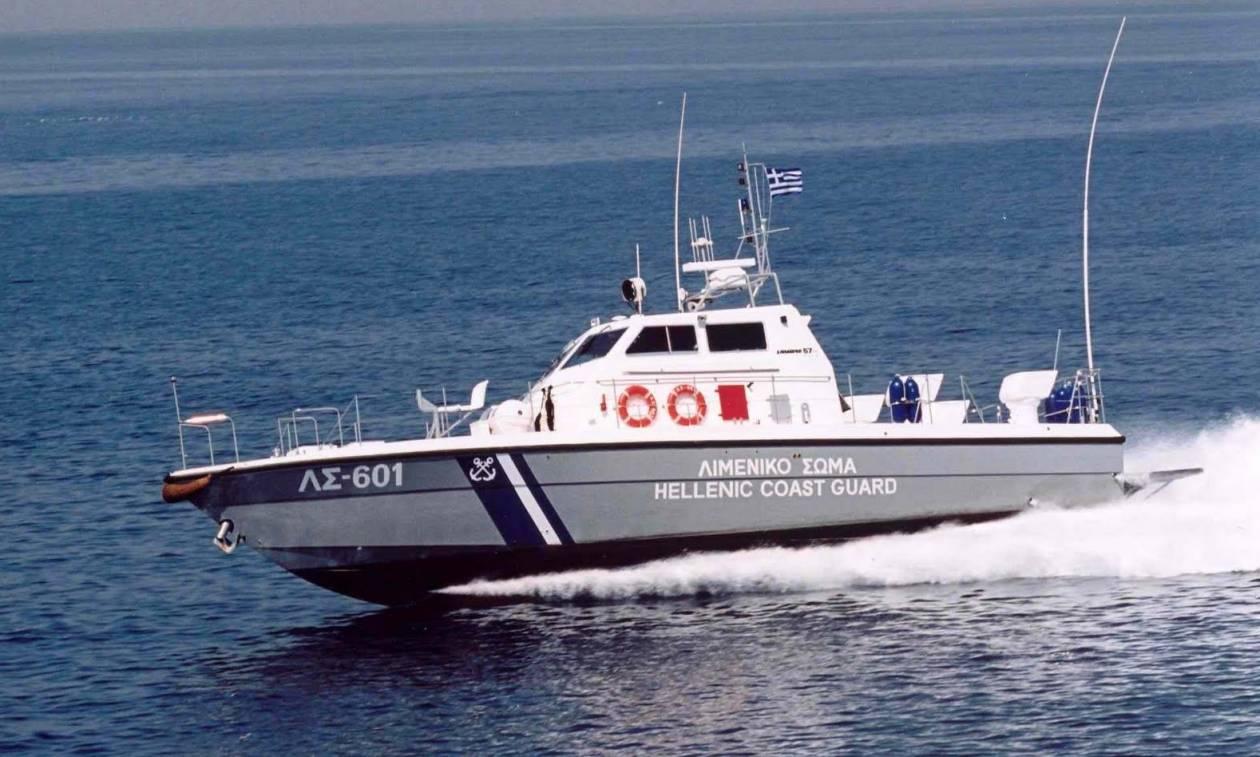 Κρήτη: Συναγερμός για ακυβέρνητο σκάφος με οκτώ επιβαίνοντες