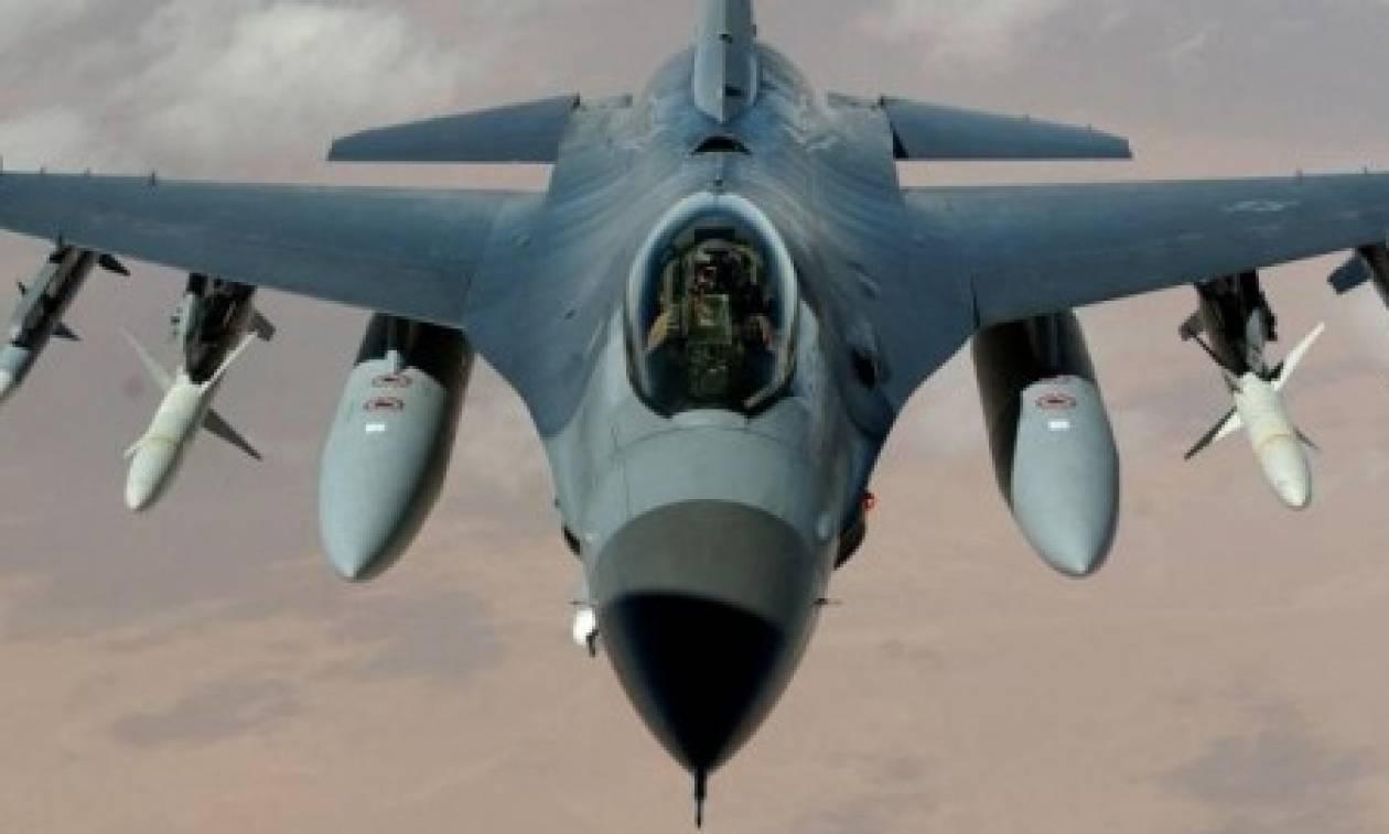ΗΠΑ-Κίνα: Πολεμικά αεροσκάφη τους συναντήθηκαν επικίνδυνα...πάνω από τη Ν. Σινική Θάλασσα