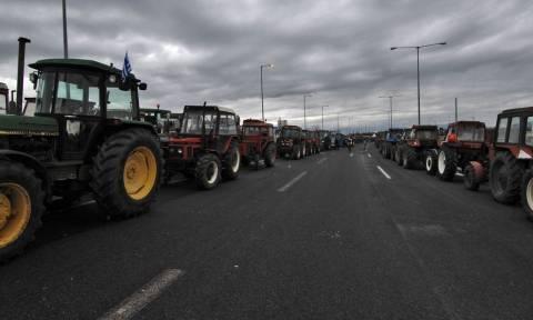 Μπλόκα αγροτών: «Άνοιξε» η εθνική οδός Λάρισας- Κοζάνης