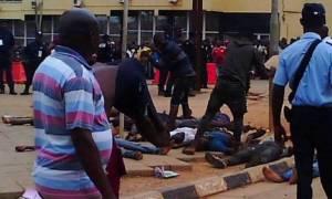 Ασύλληπτη τραγωδία σε γήπεδο με νεκρούς και τραυματίες