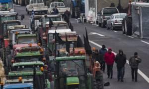 Μπλόκα αγροτών 2017: Αυτοί οι δρόμοι κλείνουν σήμερα Σάββατο - Δείτε όλες τις κινητοποιήσεις