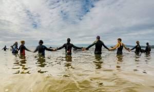 Ακόμα 200 μαυροδέλφινα ξεβράστηκαν στη Νέα Ζηλανδία - Κανείς δεν μπορεί να εξηγήσει το φαινόμενο