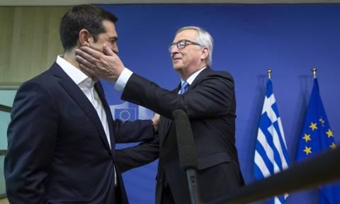Στήριξη Γιούνκερ στην Ελλάδα: Oι Έλληνες έκαναν μεταρρυθμίσεις που δεν τόλμησαν να κάνουν άλλοι