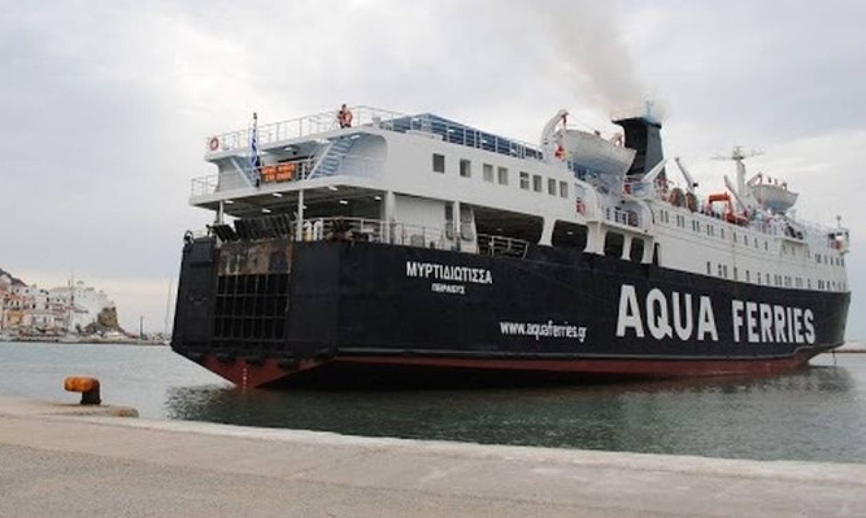 Καθηλωμένο στο λιμάνι του Αγίου Κωνσταντίνου το «Μυρτιδιώτισσα» λόγω βλάβης