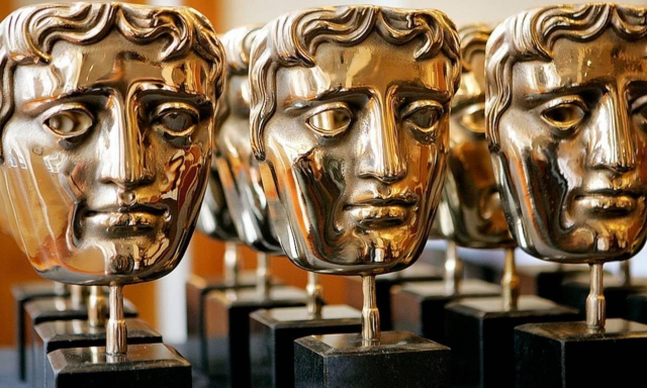 Βραβεία BAFTA 2017: Κέισι Αφλεκ, Έμμα Στόουν και La La Land οι θριαμβευτές (pics)