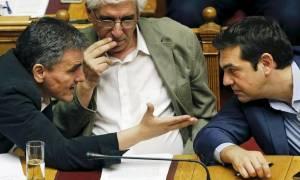 Αξιολόγηση: Ο Τσίπρας ποντάρει στη Μέρκελ κι ο Τσακαλώτος «νίπτει τας χείρας του»
