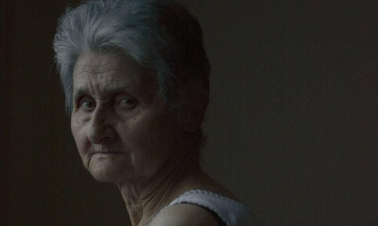 Η φωτογραφία της 74χρονης από την Πέλλα που τρέλανε την Vogue!