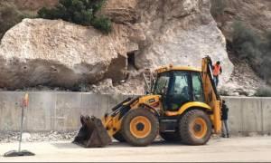 Ανατίναξαν επικίνδυνους βράχους στην επαρχιακή οδό Καλαβρύτων – Πούντας (pics&vid)