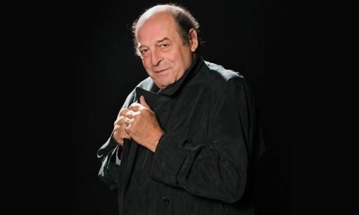 Ο Μανούσος Μανουσάκης κάνει… comeback