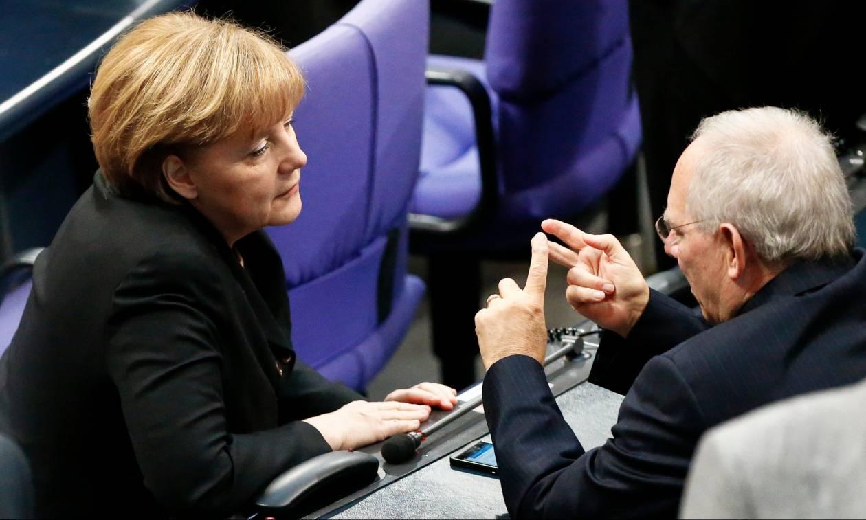 Τριτίν για Ελλάδα: Μέρκελ, Σόιμπλε ψεύδονται - Aναπόφευκτο το «κούρεμα» και η αποχώρηση του ΔΝΤ