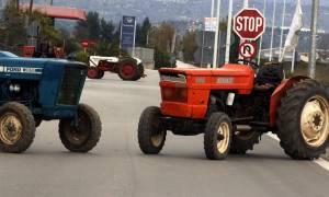 Μπλόκα αγροτών 2017: Αποχωρούν τα τρακτέρ, παραμένει η απογοήτευση