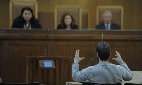 Δίκη Χ.Α. - Μάρτυρας: «Ήταν σε απόσταση αναπνοής να με δολοφονήσουν»