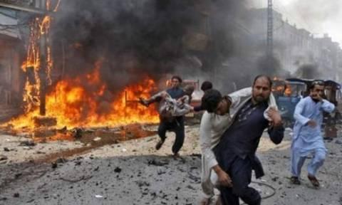 Τζιχαντιστές σκόρπισαν ξανά το θάνατο - Τουλάχιστον 72 νεκρoί από επίθεση σε τέμενος (vid)