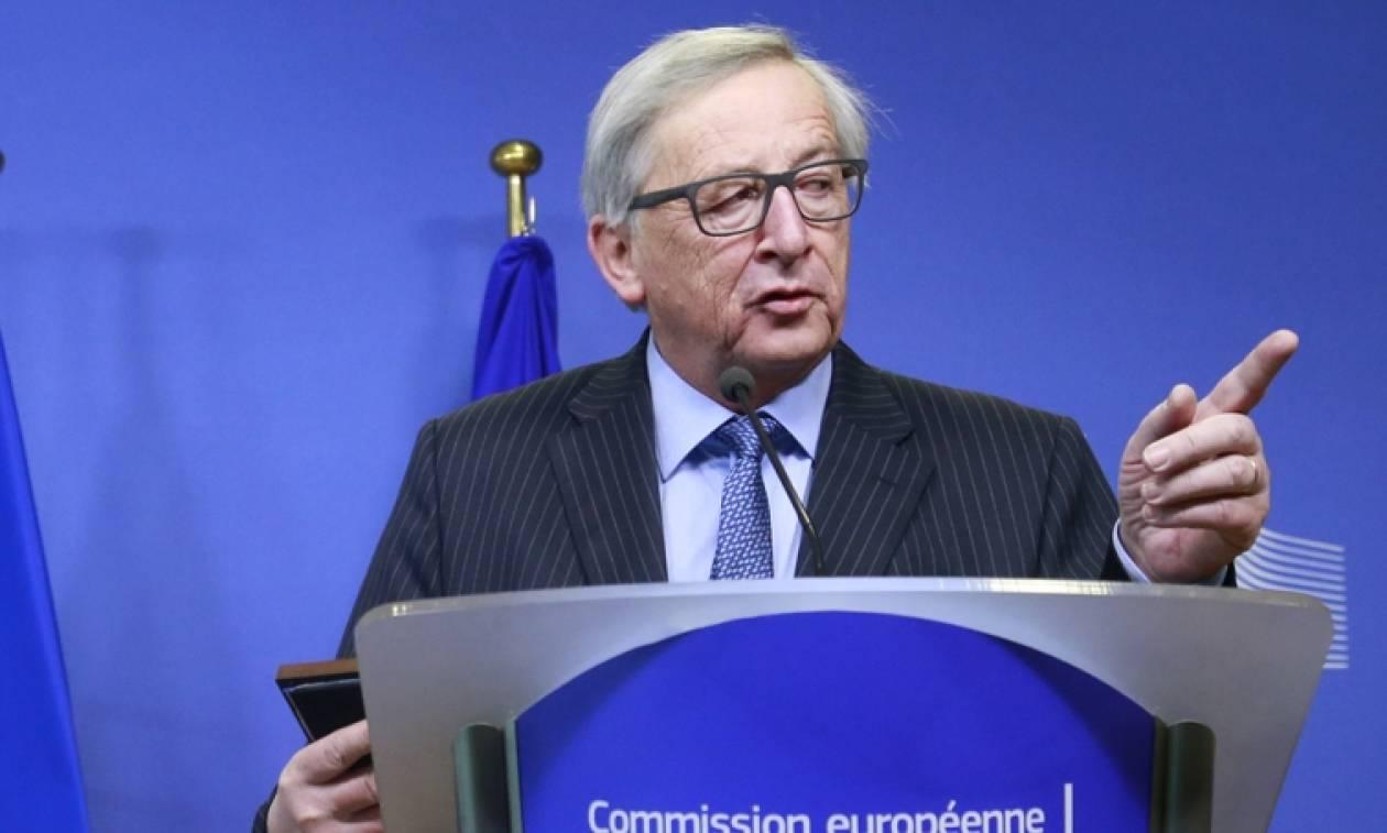 Γιούνκερ: Η Ευρώπη δεν πρέπει να υποκύψει σε αμερικανικές πιέσεις για το ΝΑΤΟ