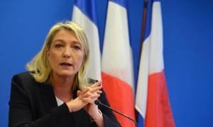 Νέο σκάνδαλο στη Γαλλια: Η Λεπέν πλήρωνε σωματοφύλακα ως «κοινοβουλευτικό βοηθό» με χρήματα της ΕΕ;