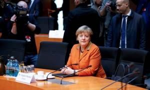 «Μήνυμα» Μέρκελ σε Τραμπ: Το ΝΑΤΟ είναι σημαντικό και για τις ΗΠΑ