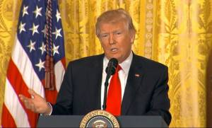 Τραμπ: Τα ΜΜΕ είναι «εχθροί των Αμερικανών»