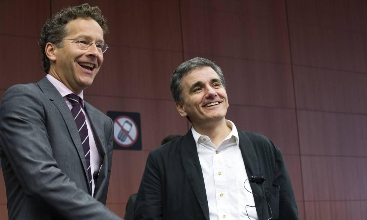 Αξιολόγηση: Γιατί ο Τσακαλώτος ψάχνει τον Ντάισελμπλουμ στο «παρά ένα» του Eurogroup