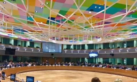 Αξιωματούχος Ευρωζώνης: Αργεί η συμφωνία με την Ελλάδα