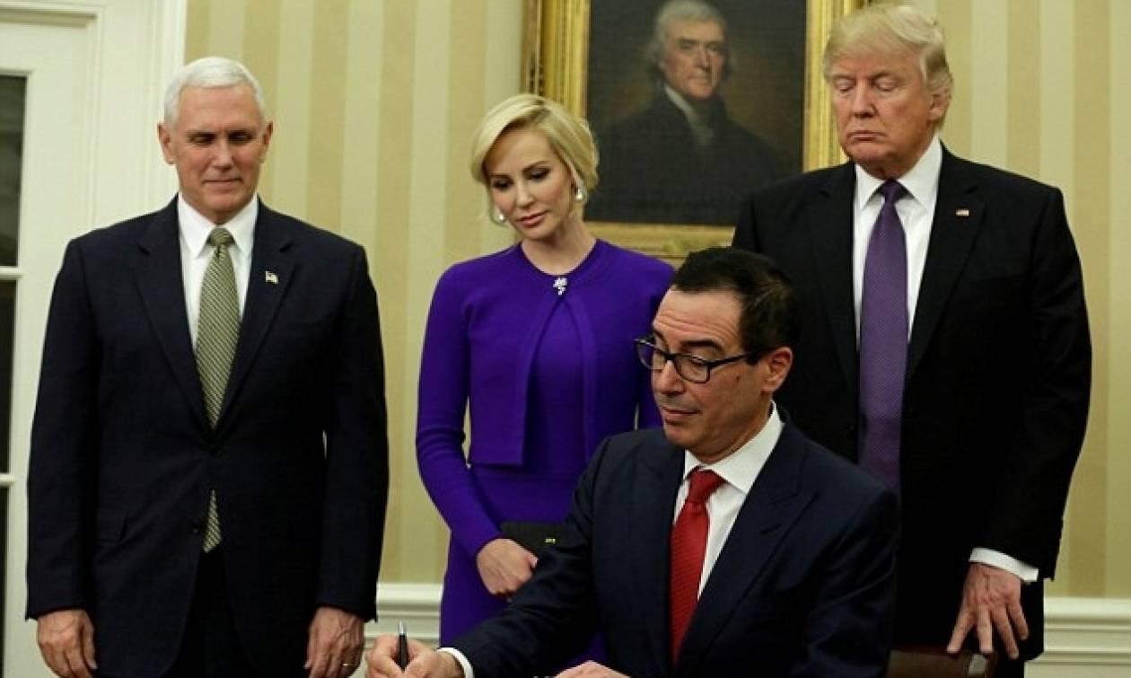 Λουίζ Λίντον: Η σέξι σύντροφος του υπουργού Οικονομικών των ΗΠΑ και οι... καυτές ερωτικές σκηνές!
