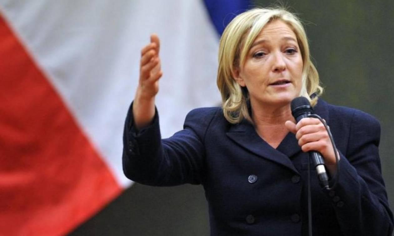 Προεδρικές εκλογές Γαλλία: Η Λεπέν «ψαλιδίζει» τη διαφορά με τους αντιπάλους της