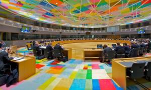 «Πόλεμος» Μαξίμου - ΝΔ για την υποταγή στο Eurogroup