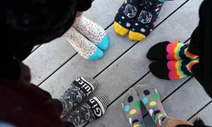 Και όμως, οι «αστείες» κάλτσες να κάνουν πιο έξυπνους και επιτυχημένους!