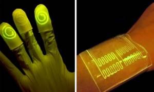 Ζωντανά» γάντια και επίδεσμοι λάμπουν μόλις έρχονται σε επαφή με τοξικά χημικά
