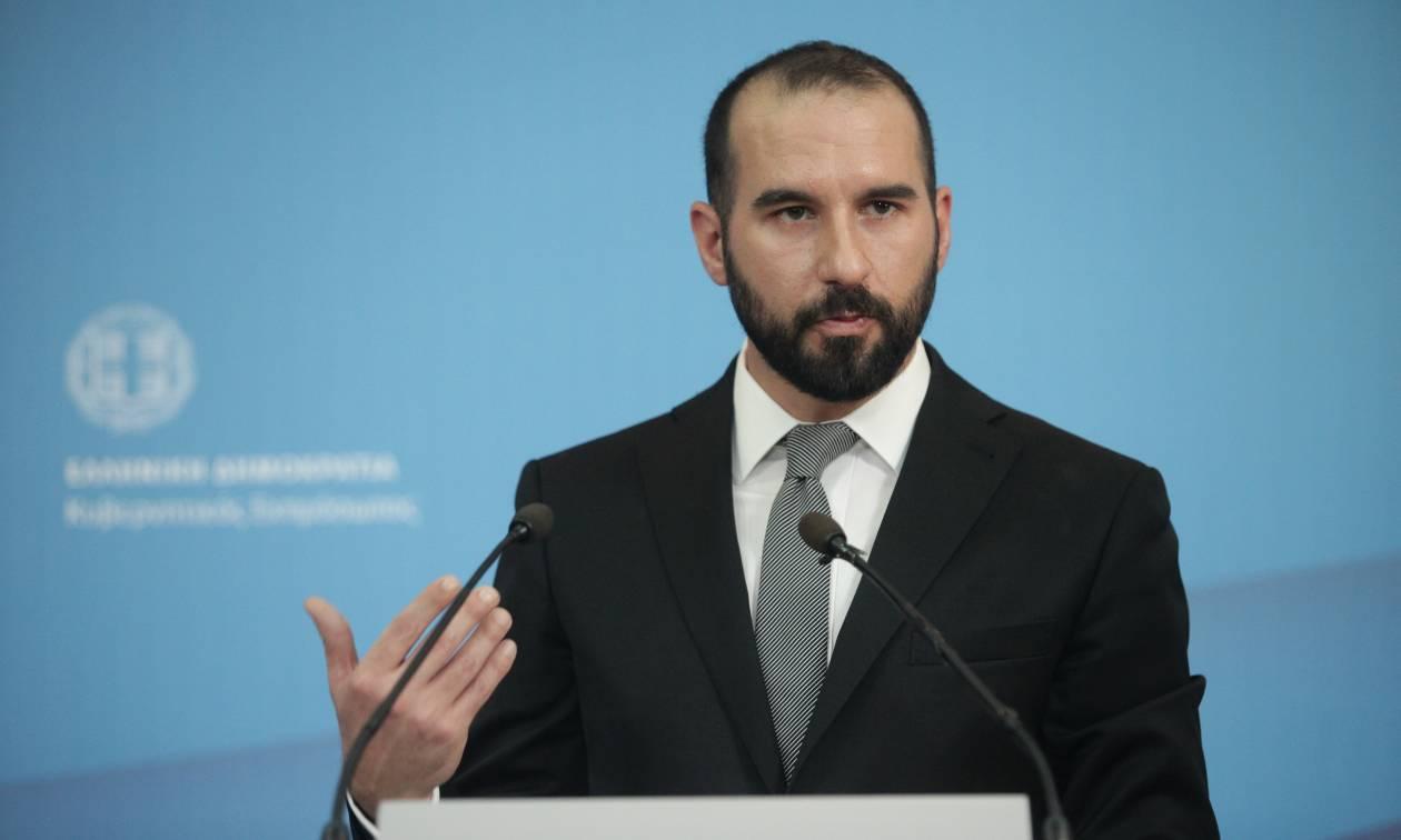 Τζανακόπουλος: Δεν διέψευσε ότι θα υπάρξει μείωση σε αφορολόγητο και συντάξεις