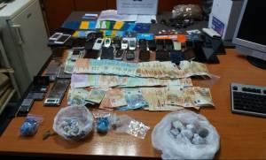 Άρτα: Μεγάλο πλήγμα στο οργανωμένο έγκλημα - 18 συλλήψεις για ναρκωτικά (pics)