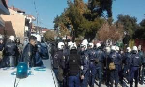 Υπό αστυνομικό κλοιό δημοτικό σχολείο στο Ωραιόκαστρο μετά τα νέα επεισόδια