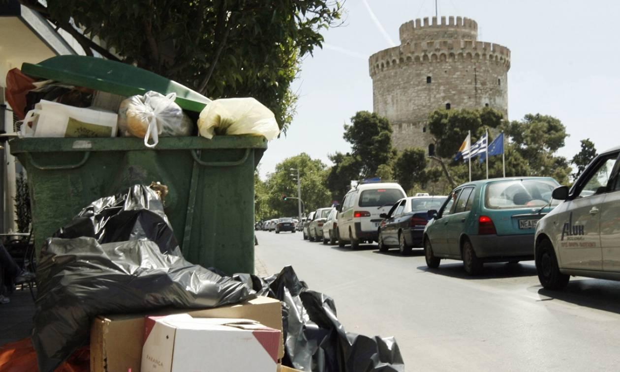 «Πνίγεται» από τα σκουπίδια η Θεσσαλονίκη - Σε απόγνωση οι κάτοικοι