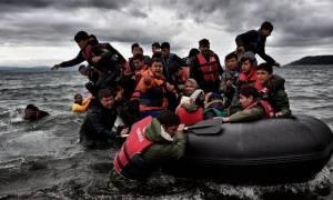 Απελάσεις ακόμα και για αιτούντες άσυλο προωθούν Γερμανία και Γαλλία