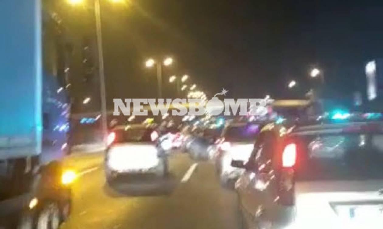 Μεγάλη κινητοποίηση της αστυνομίας σε κεντρικό δρόμο της Αθήνας (vid)