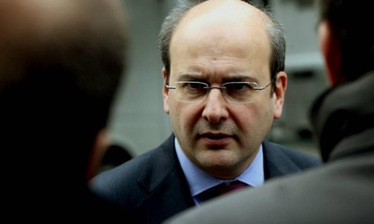 Χατζηδάκης: Η κυβέρνηση πανηγυρίζει και κρύβει στη ντουλάπα... ελέφαντα!