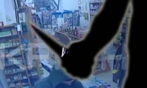 Δείτε καρέ καρέ ληστεία που έγινε σε μίνι μάρκετ στο Ηράκλειο (video)