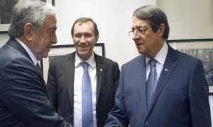 Ο Άιντε συνεχίζει να εργάζεται και με τους δύο ηγέτες, δήλωσε εκπρόσωπος του ΓΓ του ΟΗΕ