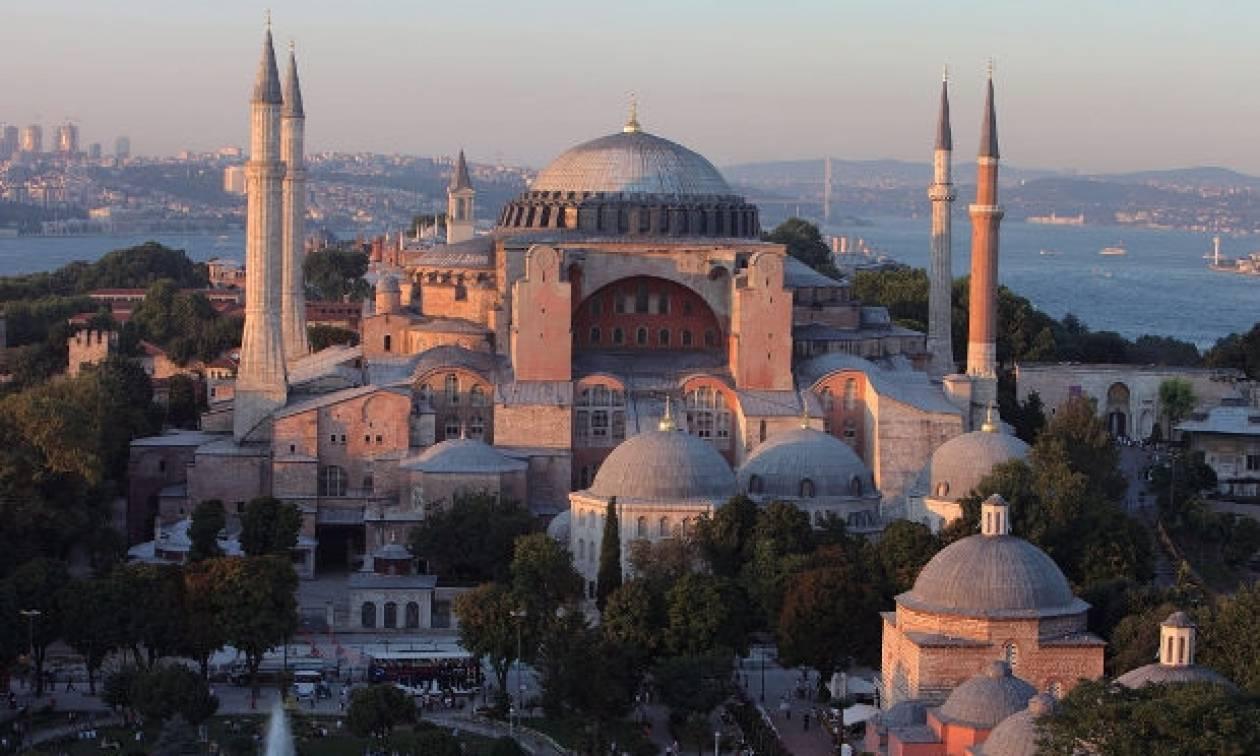 Σαν σήμερα το 532 μ.Χ. θεμελιώνεται ο ναός της Αγίας Σοφιάς στην Κωνσταντινούπολη