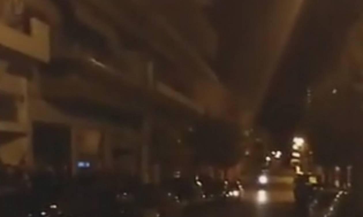Θρίλερ στην Κοζάνη: Άρχισε να πυροβολεί από το μπαλκόνι του